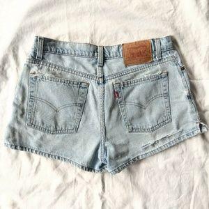 LEVI'S Light Wash High Rise Distressed Jean Shorts